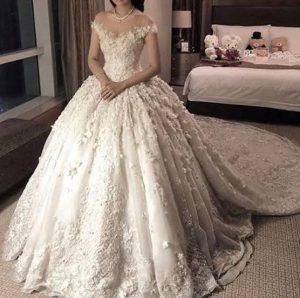 الله يتمم للعرائس على خير عرائس 2021